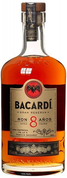 Bacardi 8 Anos - 0.7L